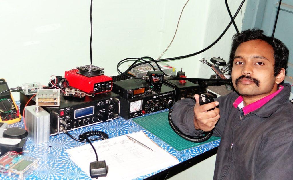 VU3OVD, Dr Shivram Sagar at his shack
